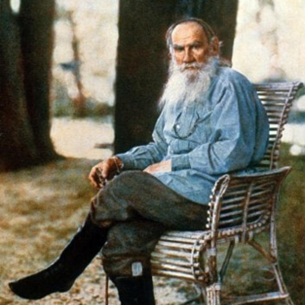 Tolstoi - 1048x1048