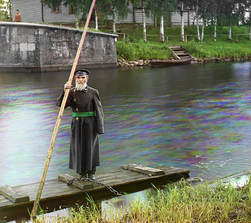 Pinkhus Karlinskii. Un hombre de 84 años, más de seis décadas de trabajo como supervisor de la compuerta de la ciudad de Chernigov